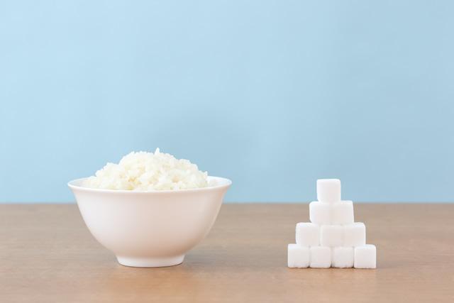 ご飯と角砂糖